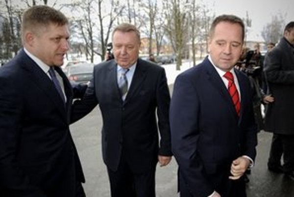Premiér Fico s primátorom Popradu Dankom (vpravo).