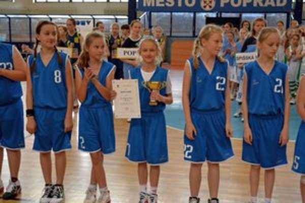 Basketbalová mládež v Poprade. BAMP chce urobiť všetko pre jej záchranu.