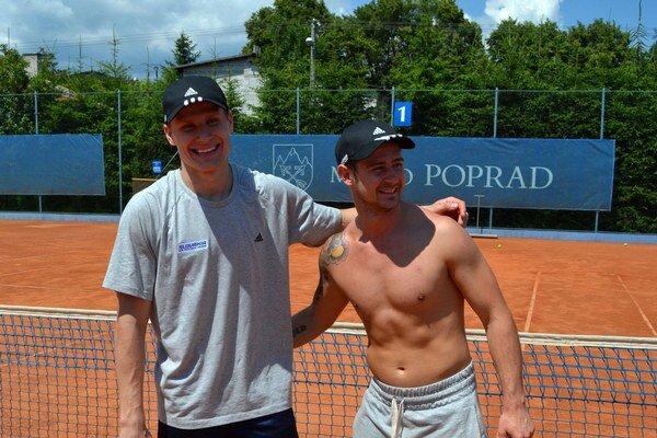 Tenisoví víťazi. Richard Pánik (vľavo) a Tomáš Tatar ani raz neprehrali.