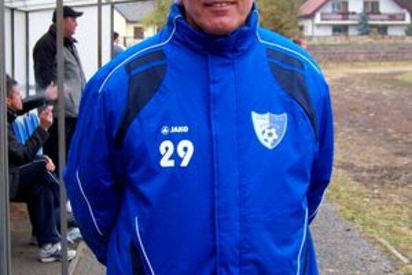 Stanislav Koch Je manažérom seniorov a trénerom mládeže.