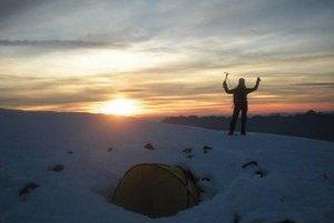 ...alebo zostup z Mont Blancu pri západe slnka.
