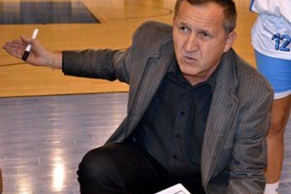 Tréner Ján Krajňák. Sezóna v Poprade vôbec nenaplnila jeho očakávania.