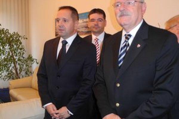 Prezident sa stretol s primátorom Popradu A. Dankom.