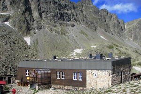 Zbojnícka chata vďaka slnečnej energii zvýši komfort pre návštevníkov.