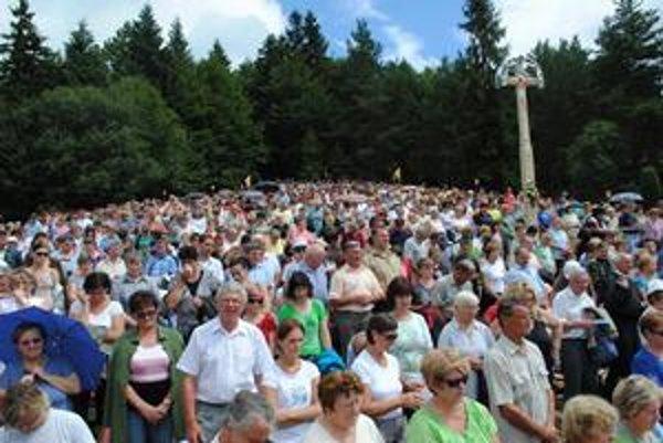 Hora Zvir. Počas víkendu ju obsadili tisícky veriacich.