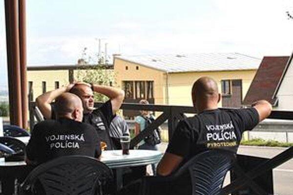 V Tatrách sa už pohybuje množstvo pyrotechnikov, tajných agentov a ostreľovačov.