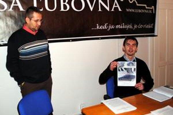 Po ukončení podpisovej akcie chcú zájsť aktivisti za ministrom Figeľom.