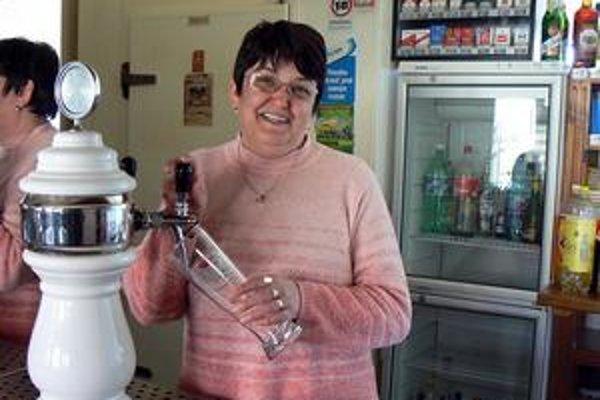 Božena Kovaľčíková. Hovorí, že kríza neobchádza ani pohostinský biznis. Napriek tomu sa na tvári snaží mať vždy úsmev.