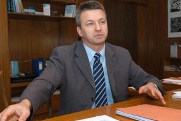 Štefan Kandráč tvrdí, že aj napriek kríze treba vychovávať odborníkov.