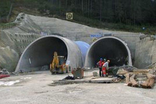 Tunel Bôrik. Je kľúčovým miestom pre dokončenie diaľnice pod Tatrami.