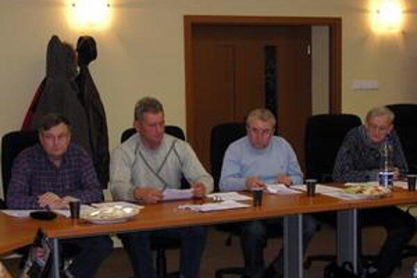 Zastupiteľstvo. O problematike s bytmi boli informovaní aj poslanci v Spišskej Belej.