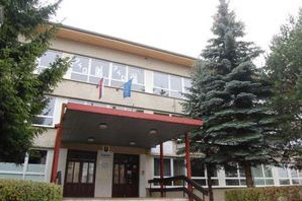 Zatvorené. Základné a stredné školy v meste a okrese Kežmarok ostali zatvorené celé štyri dni.