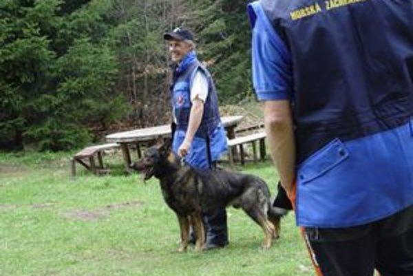 Letné cvičenie. Výcvik lavínových psov.
