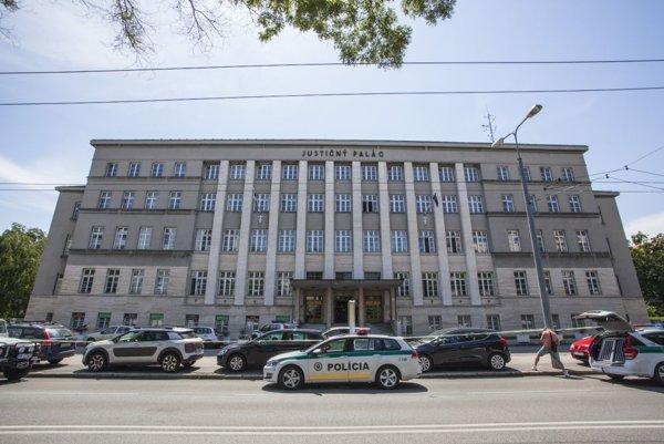 Justičný palác na Záhradníckej ulici.