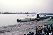 Prístup k jazeru bol zakázaný ešte ďalší rok aj preto, že doň uniklo množstvo leteckého benzínu.