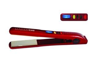 Keramická žehlička žehlí vlasy vlhkým teplom, čím zostanú hydratované a krásne lesklé, Chi, 107 €