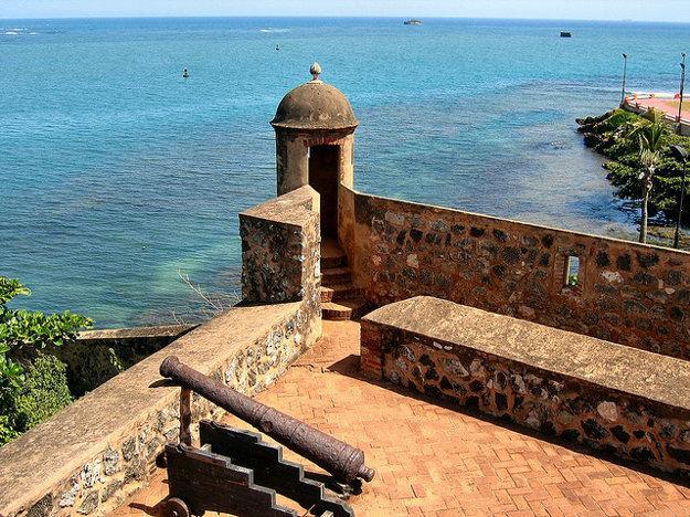 Pevnosť Ozama v Santo Domingo je jednou z najstarších európskych pamiatok v Amerike.