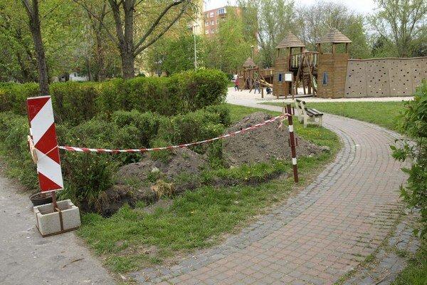Detské ihrisko na Nábrežnej ulici.