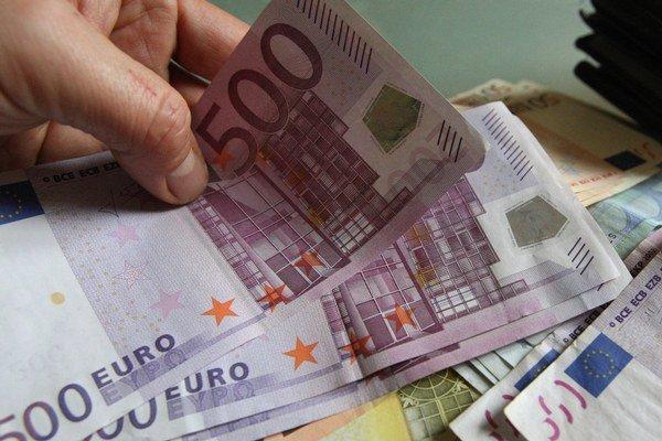 Dôverčivá dôchodkyňa prišla o 1500 eur (ilustračná snímka)