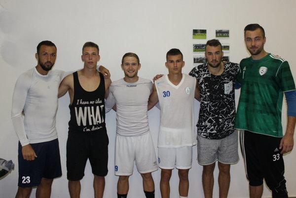 Zľava: Samir Nurkovič, Dominik Rolinec, Marek Pittner, Tomáš Fajčík, Lukáš Hrnčiar, Tomáš Lešňovský.