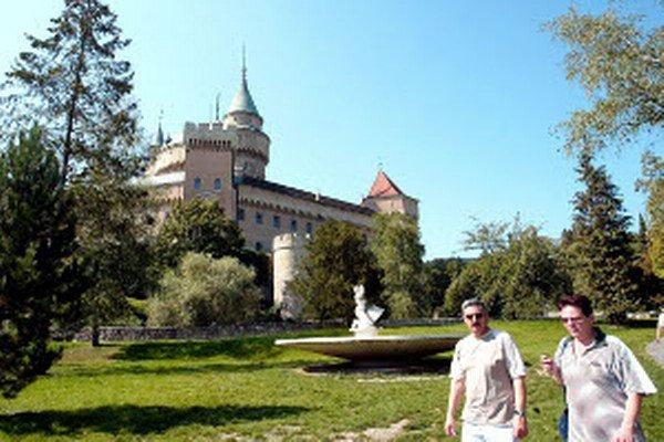 Turistov lákajú na hornú Nitru predovšetkým Bojnice.