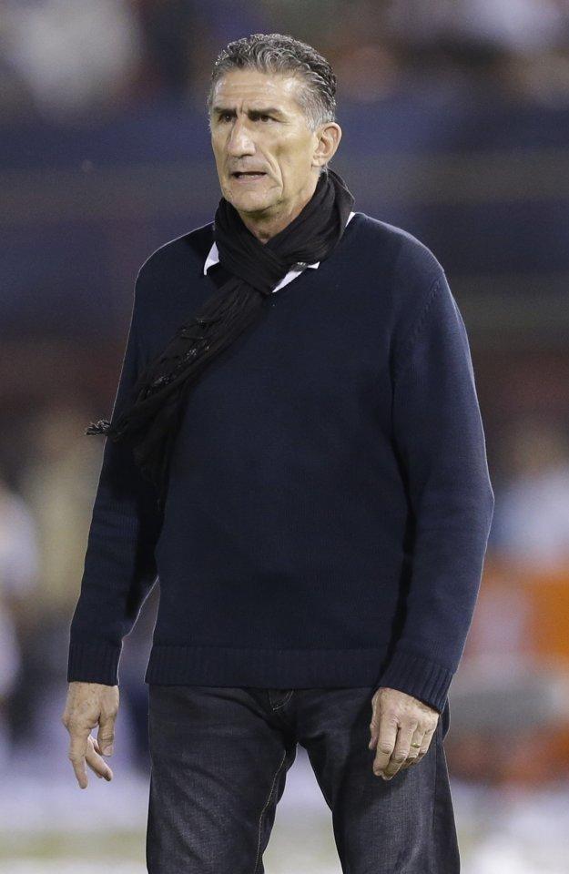 Jedna z otázok, ktorá sa spája s príchodom Edgarda Bauzu, je, či sa mu podarí prehovoriť Lionela Messiho, aby sa vrátil naspäť do národného tímu.