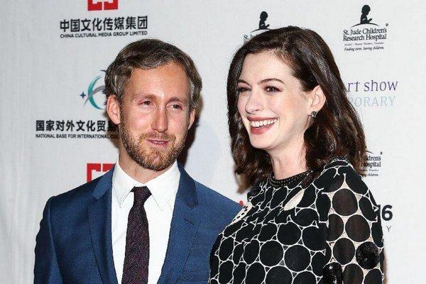 Šťastní rodičia. Adam a Anne majú syna.