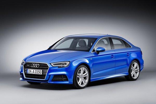 Modernizované Audi A3 v karosárskej verzii limuzína. V sortimente motorov sa po prvý raz objavuje prepĺňaný jednolitrový trojvalec s maximálnym výkonom 85 kW.