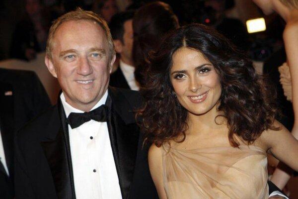 Našla dokonalého chlapa. S Francoisom Pinaultom je šťastná.