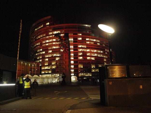 Vchod do Európskeho parlamentu.