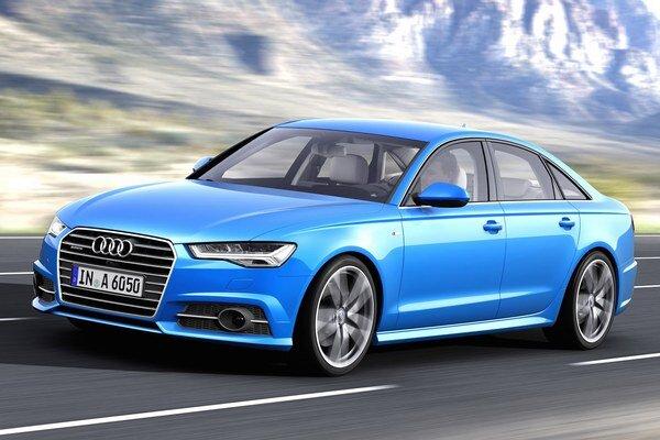 """Modernizované Audi A6. Karoséria dostala """"ostrejšie"""" rysy, pozmenená bola predná mriežka, reflektory, nárazníky o otvory na vstup chladiaceho vzduchu."""
