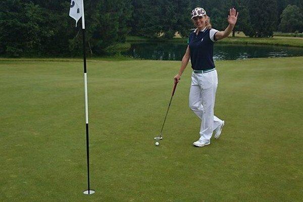 Dagmar Dianová tiež holduje golfu. S priateľom sa budú mať o čom rozprávať.