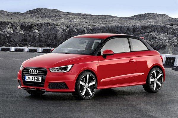 Modernizované Audi A1. Nový model má upravenú prednú časť s novými reflektormi, úpravy sa dotkli aj zadných svetiel.