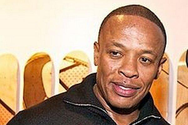 Dr. Dre. Kráľ rebríčka so 620 miliónov dolárov.