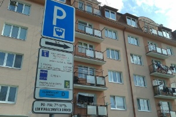 Parkovanie v Prievidzi bude zrejme predmetom súdneho sporu.