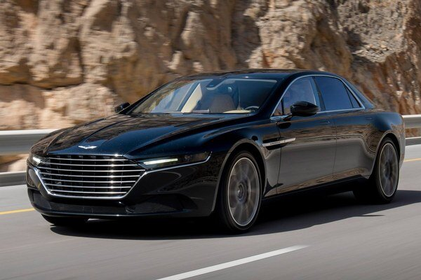 Supersedan Aston Martin Lagonda. Nová luxusná limuzína Lagonda bude mať buď dvanásťvalcový motor Aston Martin alebo osemvalcový motor AMG.