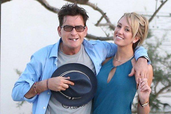 Snúbenica Charlieho Sheena si chce zmeniť meno na Scottine Sheen.