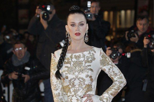 Katy Perry sa v decembri 2011 rozpadlo len 14-mesačné manželstvo s komikom Russellom Brandom