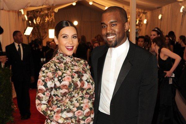Ochranca svojej Kim. Kanye nenechá nikoho urážať jeho milú Kardashianku.