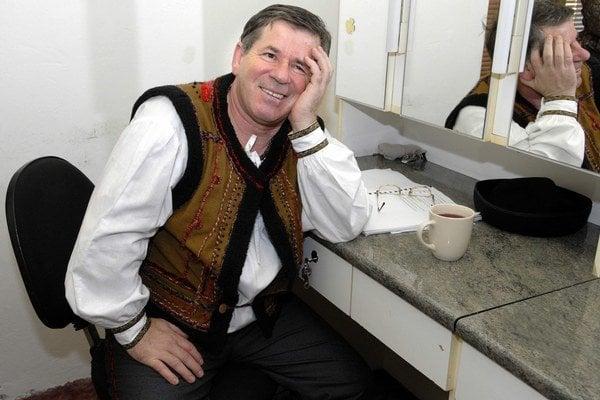 Rozhodol sa pre dôchodok. Jožko Úradník po 37 rokoch opúšťa divadelné dosky.