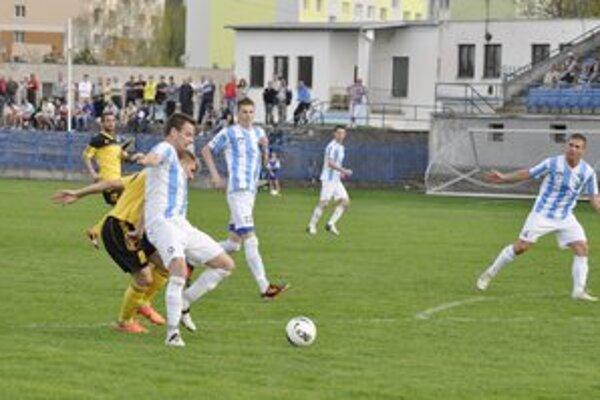 Tri body za tri góly. Už po prvom polčase susedského derby viedli Popradčania na Spiši rozdielom triedy.