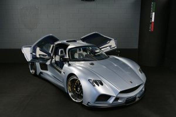 Superšportové kupé Mazzanti Evantra. Svetovú premiéru malo toto vozidlo na exkluzívnom autosalóne v Monaku.