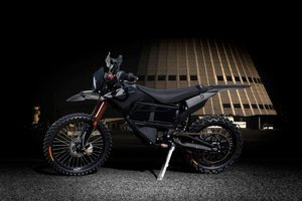 Vojenský elektrický motocykle Zero MMX. Tento tichý a teplo nevyžarujúci motocykel by mali dostať americké jednotky pre špeciálne operácie.
