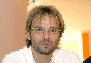 Ján Ďurovčík režíruje muzikál Ôsmy svetadiel, ktorý príde do Prievidze 16. 1.