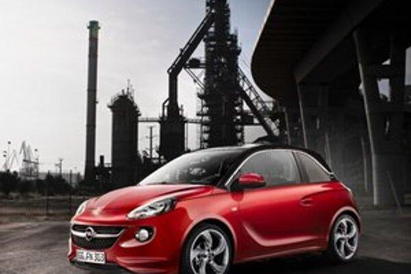 Subkompaktný Opel Adam. Svetovú premiéru bude mať na jesennom autosalóne v Paríži.