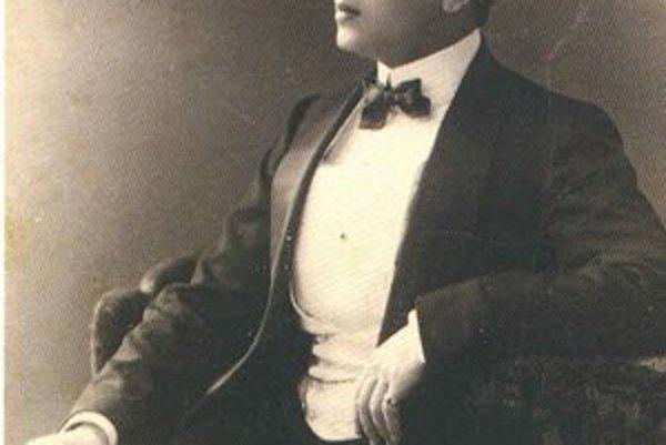 Ernest Beaux vytvoril jeden z najznámejších parfumov na svete, Chanel No.5.