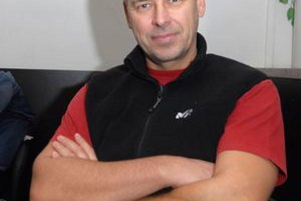 Marek Ťapák.