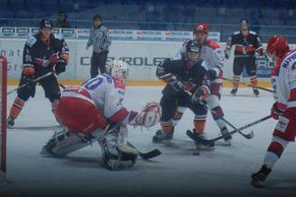 Pol zápasu držali krok. S jedným z najlepších klubov MHL CSKA Moskva Tatranskí vlci bojovali statočne, ale postupne sa prejavila herná vyspelosť hostí.