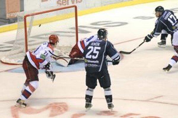 Bude zachovaná tradícia? Zatiaľ nie je jasné, či sa diváci dočkajú aj piateho ročníka Cassovia Hockey Cupu.