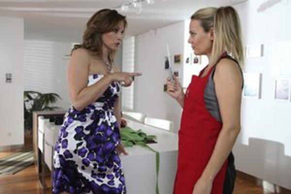 Pod Povrchom. V seriáli sa objavia aj neokukané tváre Jana Valocká a Lucia Lapišáková.